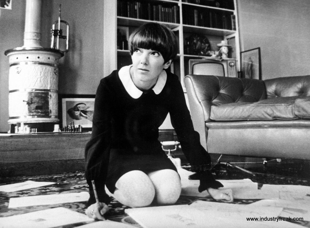 Mary Quant- Fashion Designers In The World