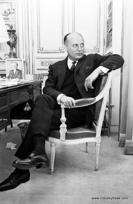 Pierre Balmain-Fashion Designers In The World