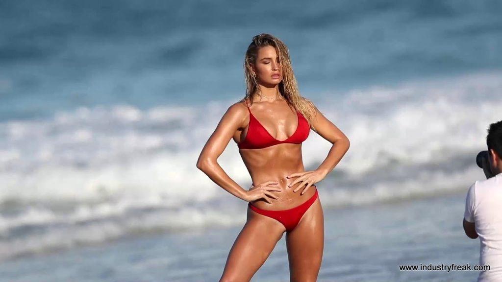 MADI EDWARDS- Instagram Models