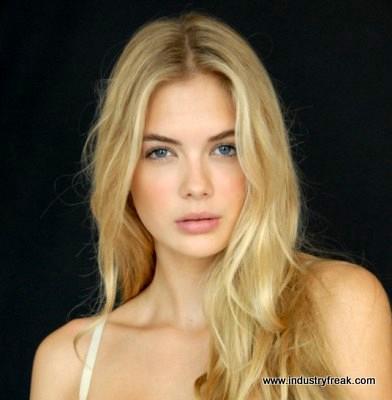 MEGAN WILLIAMS- Instagram Models
